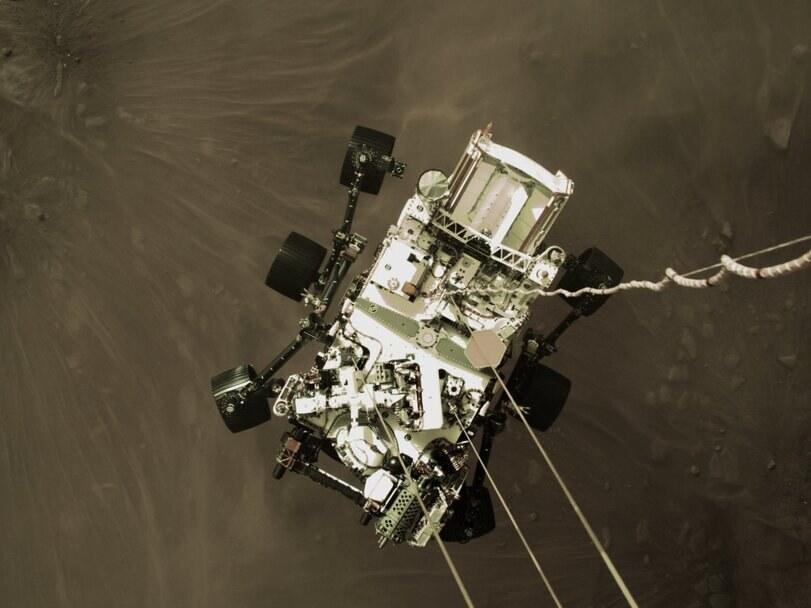 Satélite MRO fotografou pouso da Perseverance